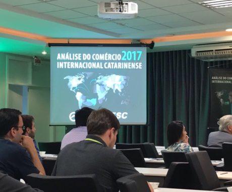 Fluxo de importação e exportação em SC foi apresentado na FIESC