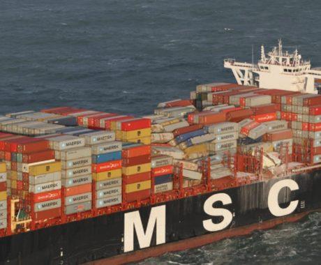 MSC Zoe: 270 contêineres caem do navio durante tempestade