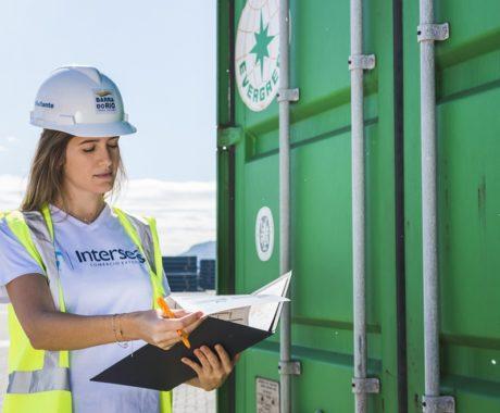Compliance na importação: entenda a importância da fatura comercial